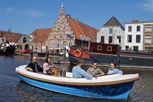 Leiden canal tour